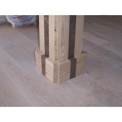 columna forrada de madera